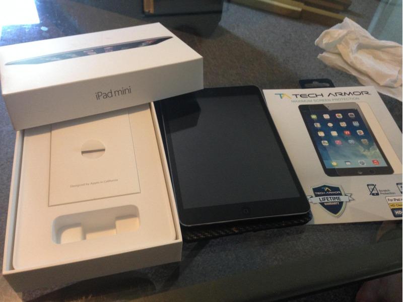Apple iPad mini 4 - 1/2